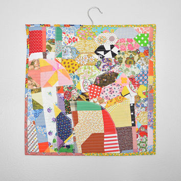 Wall Hanging Mini Quilt Wall Art Patchwork Crazy Quilt Wall Decor Fiber Art Textile Art Quilted Mini Tapestry Wall Hanging Vintage Quilt Top