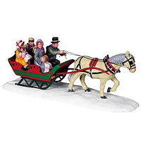 2008 Family Sleigh Ride Christmas Village Table Accent