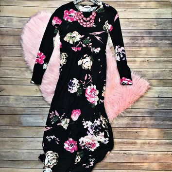 Black Floral Maxi Dress with Pockets