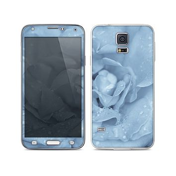 The Drenched Blue Rose Skin For the Samsung Galaxy S5