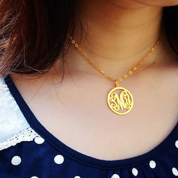 Circle Monogram necklace for mom women 1 inch 3 initial Personalized monogram necklace, Circle name monogrammed custom Monogram necklace