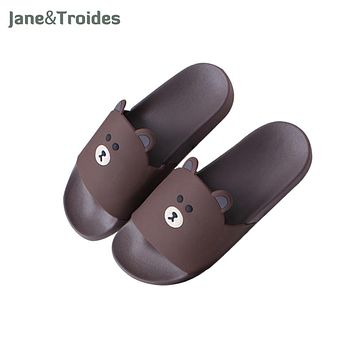 Cartoon Bear Cute Men Slippers Home Bathroom Shower Thicken Anti Slip Flip Flops Brown Color Open Toe Fashion Man Sandals