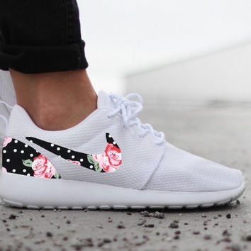 buy online 9f9a9 19361 Nike Roshe Run Womens One White Custom Black White Dot Pink Rose Floral  Print