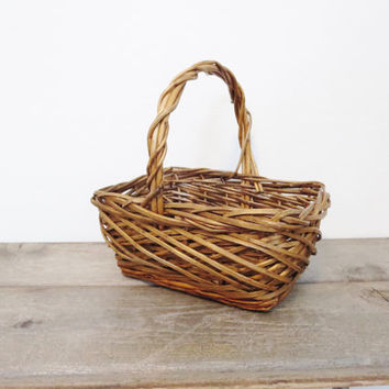 Vintage Farm Basket / Rustic Basket / Boho Basket / Wedding Basket / Bohemian Decor / Boho Storage / Farm Basket / Vintage Wedding Basket