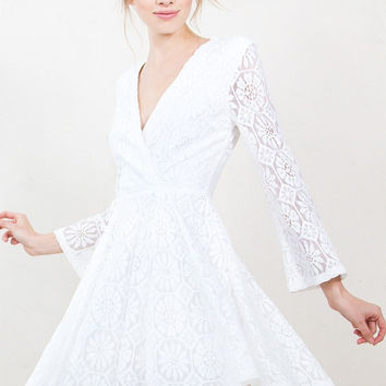 Sugar Lips Daisy Lace Long Sleeve White Romantic Dress