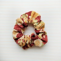 Fabric Scrunchie - Chrysanthemum in Red
