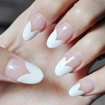 foreverlily Fashion 24 PCS Hot Sale Transparent Fake Nails Heart Pattern Design Half White Oval Full Cover Nails Tips