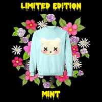 LIMITED EDITION MintPastel Goth Kawaii Grunge Deaddy Bear - Dead Teddy Bear Oversized Sweatshirt