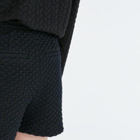 Diamond jacquard piped shorts