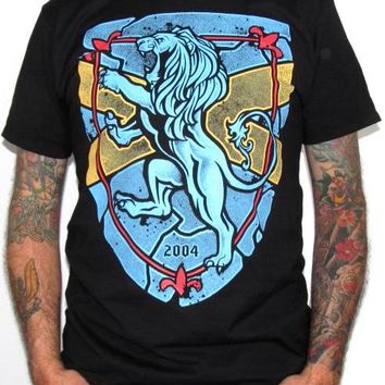 Rampant Lion T-Shirt - Winter Lion Roar