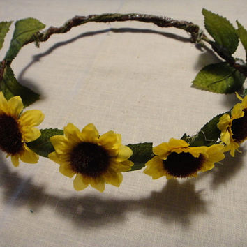 Beautiful Sunflower Floral Crown