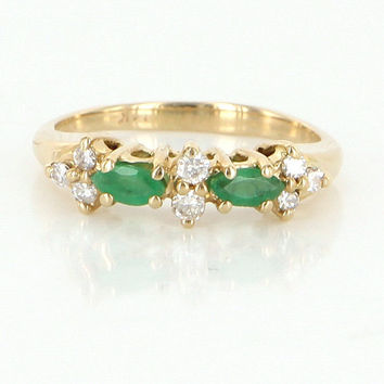 Vintage 14 Karat Yellow Gold Diamond Emerald Pinky Small Stack Ring Fine Jewelry