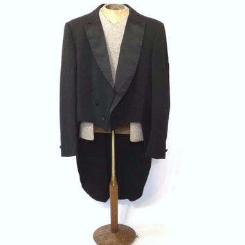 Vintage Mens 1970s Tuxedo Tailcoat Jacket Black Suit Coat After Six Tux Coat Tails Satin Lapel Suit 50s Tuxedo Ringmaster Vintage Prom Groom