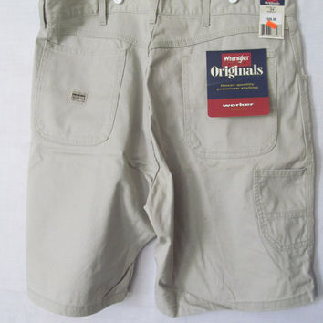 Wrangler Loose Fit Mens Shorts sz 38  Mens Beige Shorts NOS Jeans SHORTS with Tags Wrangler Worker Heavy Duty Shorts Carpenter Jean Shorts
