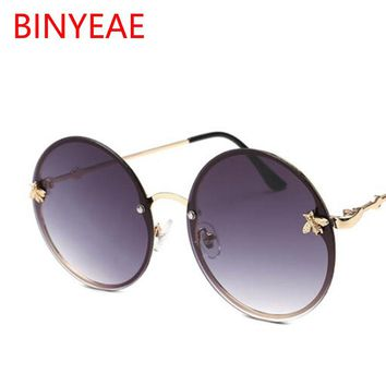 Red Glasses Round Sunglasses Vintage Brand Designer Women's Round Sunglasses Men Retro Big Metal Bee Frame Oculos Circle Shades