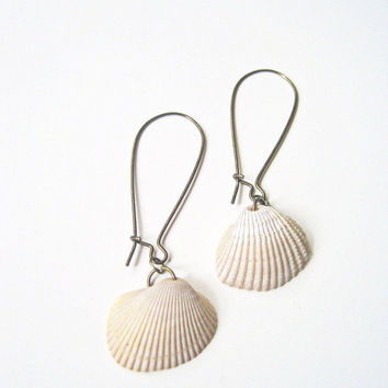 Seashell Earrings, Shell Earrings,  Beach Wedding Jewelry,  Eco-friendly Jewelry,Calusa Collection, Natural Elements Jewelry