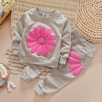 Classic girls clothes Children sport clothing coat + pants Baby clothes set kids clothes