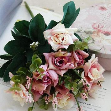 Vintage Rose Silk Simulation Green Leaves Wedding Decoration