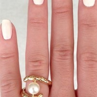 Pearl Claw Ring | SABO SKIRT