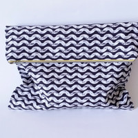 Black & White Wave Slouchy Lined Zipper Fold-over Clutch Handbag 100% Cotton