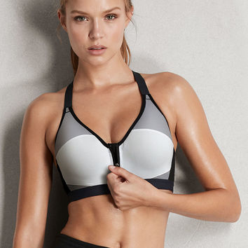 Incredible by Victoria Sport Front-close Sport Bra - Victoria Sport - Victoria's Secret