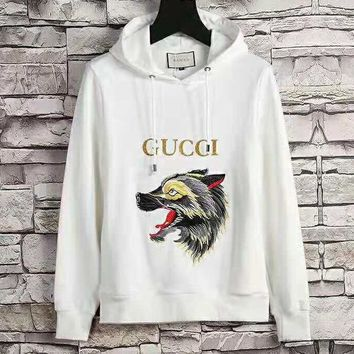 GUCCI 2018 autumn and winter new embroidery wolf head loose long-sleeved hooded sweater White