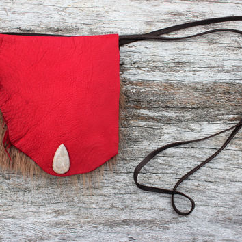 Red Deer Leather Medicine Bag with Natural Marmot Fur, Simple Necklace Pouch with Fossilized Coral Cabochon