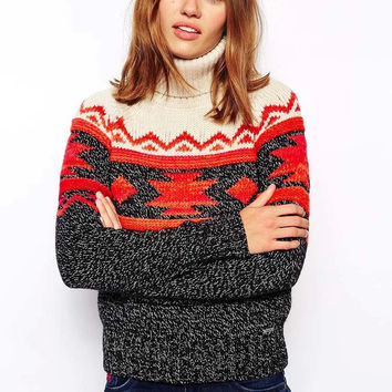 Block Geometric Print Turtle-Neck Knitted Sweater