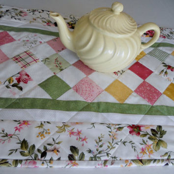 Shabby Chic Quilted Table Runner Pastel Floral Patchwork