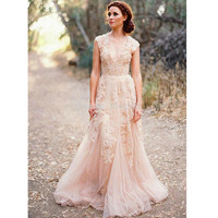 Blush Lace Wedding Dresses 2017 A-line Bridal Gowns Vintage Country Garden Wedding Dresses Wedding Gowns