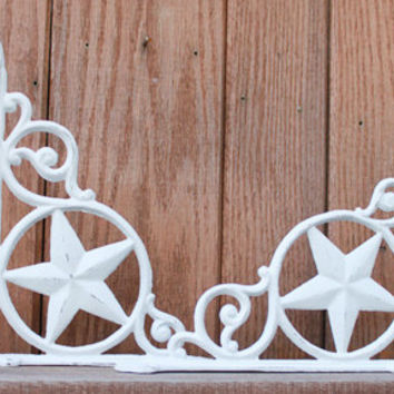 Shelving Bracket Set, Decorative Star with Scroll, Shabby Chic White, Distressed