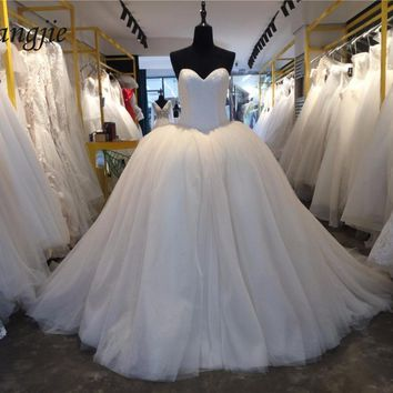 Ball Gown Wedding Dresses 2018 Sweetheart Off-Shoulder Sleeveless Court Train Beading Bridal Gown Robe De Mariage