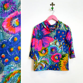 Vintage 1960s-70s BRIGHT Flower Power Polyester Cowl Neck Top Size S