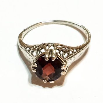 Vintage Edwardian or Art Deco 14K White Gold Ring, Garnet, Filigree, Gemstone, Hallmarked