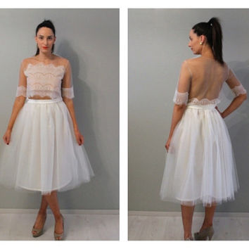 Plus size tea length cream tulle skirt, ivory tulle skirt, plus size tulle skirt, plus size skirt, plus size wedding skirt, tulle skirt.