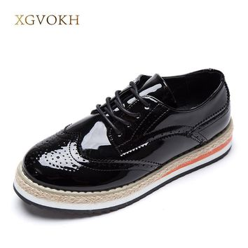 XGVOKH Women's Flats Leather Fashion Shoes Women Platform Lace-Up Wingtips Square Toe