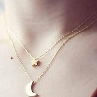 Women's Ladies Simple Fashion Star And Moon Multilayer Pendant Necklace