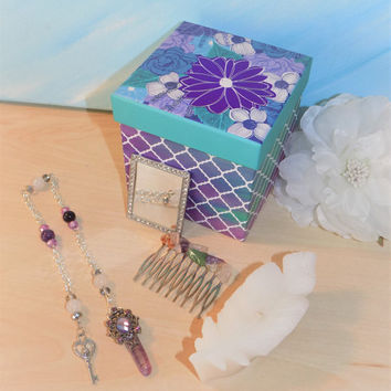 Wiccan / Pagan Altar Starter Kit - Pendulum / Prayer Beads - Crystal Hair Pin - Feather - Mirror