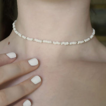 Seed Bead Choker Necklace in White and Silver ; Screw Clasp; Neckliaises; Wedding; Elegant; Bracelet