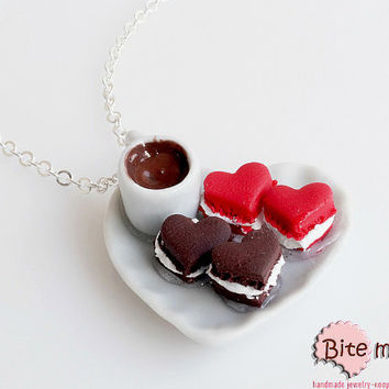 Polymer Clay Sweets Heart Shaped Macaroons on a Plate Necklace, Mini Food Jewelry, Miniature Sweets, Kawaii Jewelry, Food Jewelry, Cute