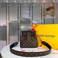 LV Louis Vuitton MONOGRAM CANVAS POCHETTE Noah INCLINED SHOULDER BAG