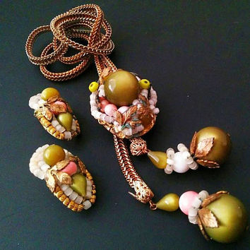 Hobe Lariat Necklace Earring Pendant Set Olive Green Pink Glass Beads & Stones Gold Metal Vintage
