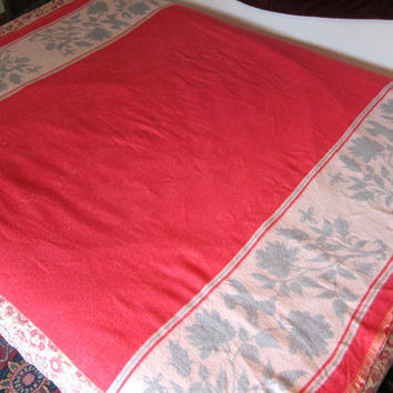 Vintage Blanket / Pink with floral and bird pattern, Home Decor Bedding, Cottage