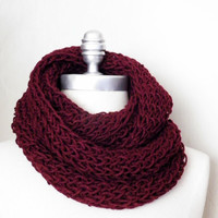 Wine Red Infinity Scarf, Dark Red, Burgandy, Aubergine, Maroon, Knit Scarf, Loop Scarf, Mobius Scarf, Fashion Knitwear, Fall Essentials,