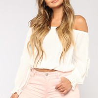 Arielle Off Shoulder Top - Off White
