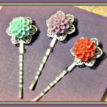 Bright Filigree Flower Hair Pins  - Set of 3 - Hair Bobby Pins - Wedding, Summer Trends, Victorian