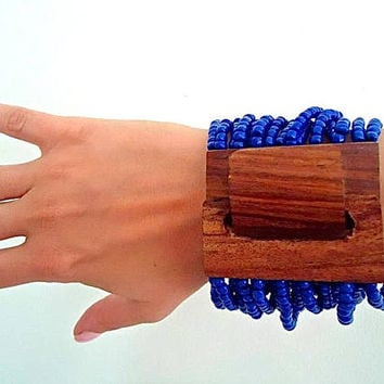 Multi Strand Glass Lapis Bracelet, Large Wood Clasp, Stretch, Couture Vintage