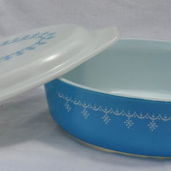 Pyrex Snowflake Blue Covered Dish Vintage Retro Casserole Garland Winter Blue and White