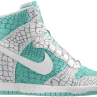Nike Dunk Sky Hi iD Women's Shoe