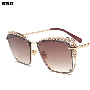 73c11b14dc849 2018 Oversized Sunglasses Women Fashion Cat Eye Pearl Sunglasses Vintage  Brand Designer Cateye Sun Glasses Points